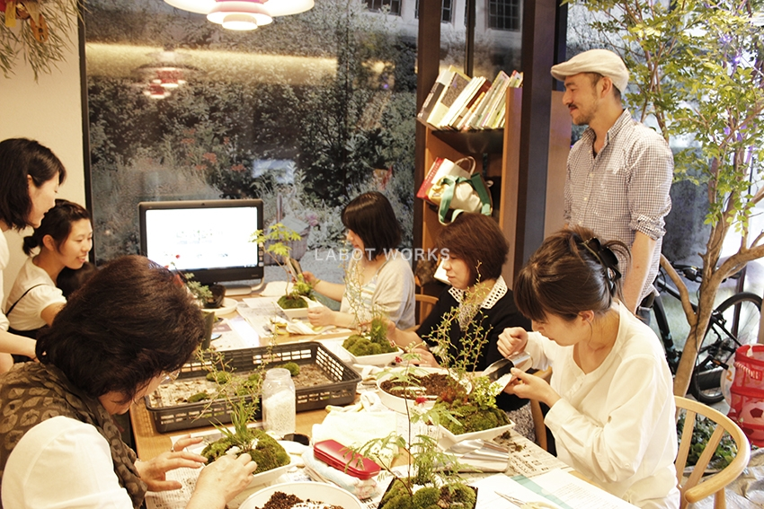 箱庭WORK SHOP | 「らぼっと・わーくす」は京都,滋賀,大阪のエクステリア、ガーデニングを中心に外構・お庭工事のデザイン、設計、施工管理を一貫して行うエクステリア専門店です。