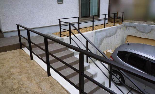 LABOT::家を魅せるシンプルな外構