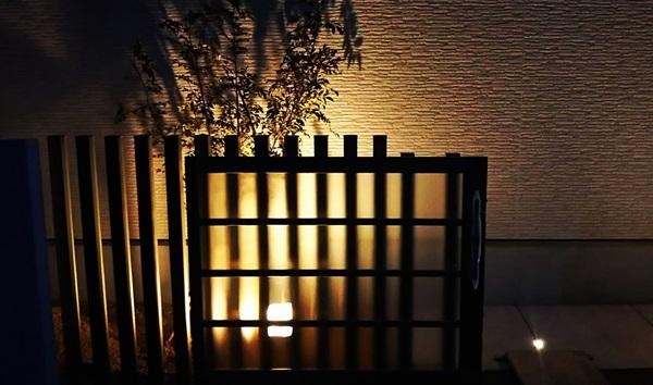 京都 LABOT - lab-t.com - 角地の外構~どの角度から見ても素敵なデザインに~ -