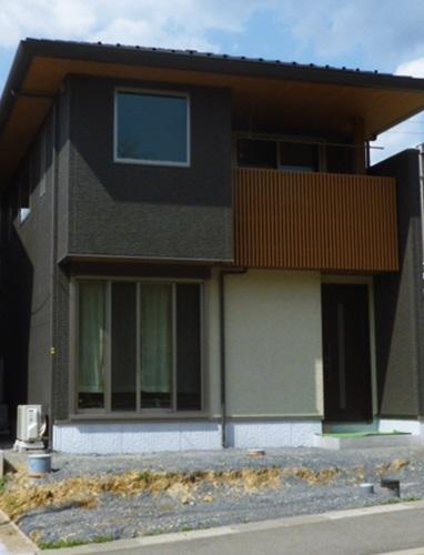 """京都 LABOT - lab-t.com - """"外構はハウスメーカーではなく、信頼ある専門店でしっかりデザインされたものにしたいと思っていました""""と。 -"""