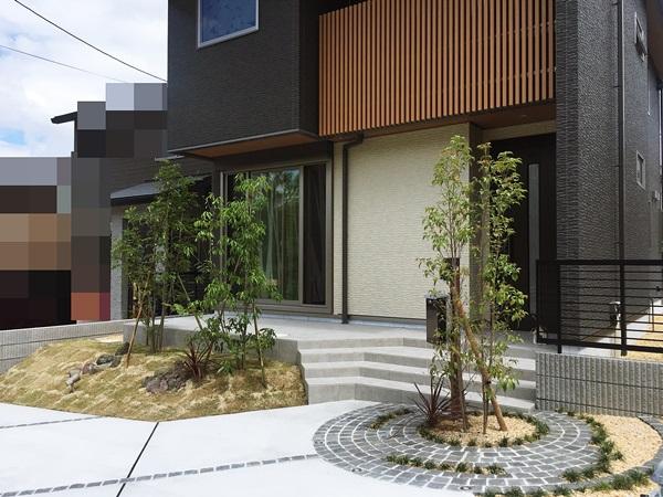 京都 LABOT - lab-t.com - 相変わらず人気のグルグルサークルデザインとタマリュウ目地 -