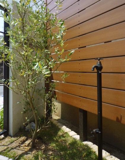 京都 LABOT - lab-t.com - お庭にデザイン立水栓@伏見区 -