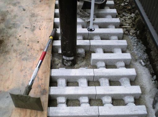 LABOT::緑化ブロックを使った中京区のガレージ