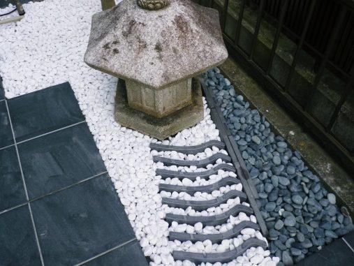 LABOT::中庭の坪庭、仕上げてきました!