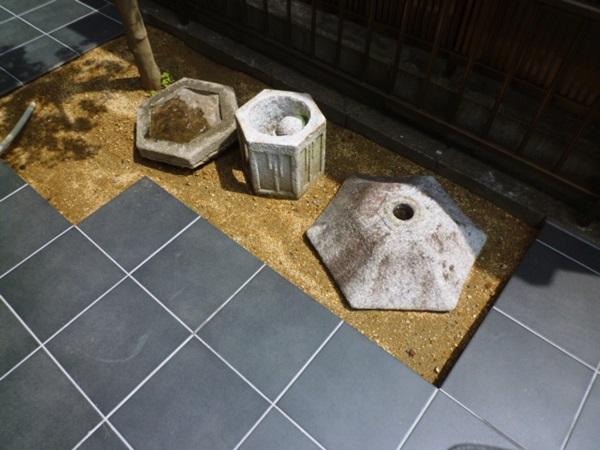 京都 LABOT - lab-t.com - 中庭の坪庭、仕上げてきました! -
