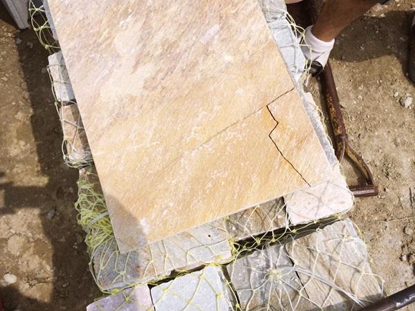 京都 LABOT - lab-t.com - LABOTは天然石をよく使いますが・・・ -
