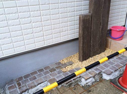 LABOT::枕木風擬木を使った可愛いオープン外構工事中