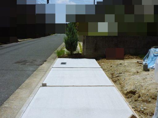 LABOT::来客用ガレージは縦列駐車案で施工しました