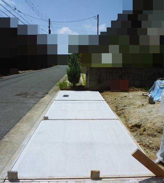 京都 LABOT - lab-t.com - 来客用ガレージは縦列駐車案で施工しました -
