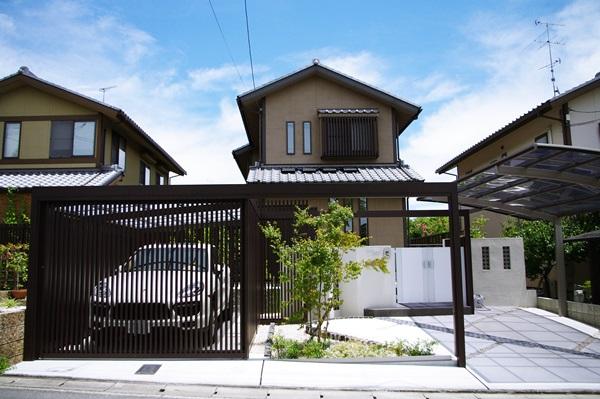 京都 LABOT - lab-t.com - 【施工例】大切な車のための外構施工例 -