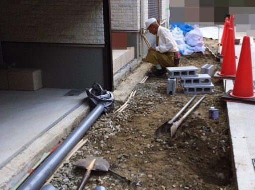 LABOT::右京区の新築外構工事、職人さんは山元さんです