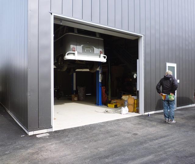 京都 LABOT - lab-t.com - ヴィンテージの外車を扱うSHOPの外構工事 -