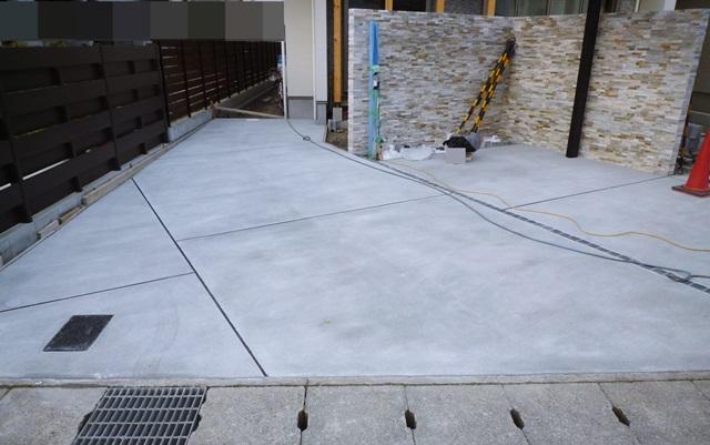 京都 LABOT - lab-t.com - ガレージは道路に対して垂直や並行に設計しないといけないと思いこんでいませんか? -