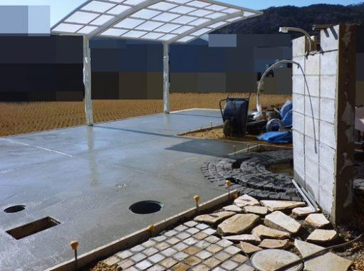 LABOT::石のアプローチとガレージとグルグルサークルと