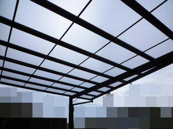 京都 LABOT - lab-t.com - LIXIL プラスGを使った新築外構、まずはカーポートから組んでいます -
