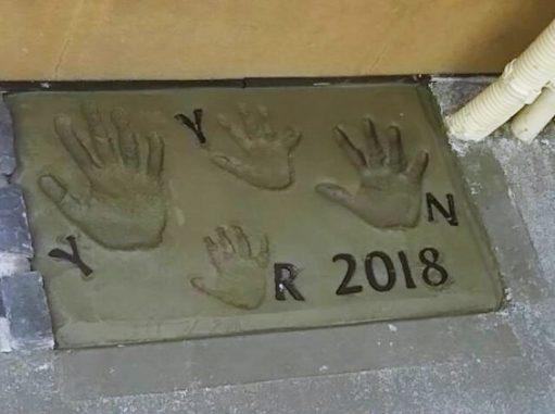 LABOT::家族の記念~手形いれました♪~