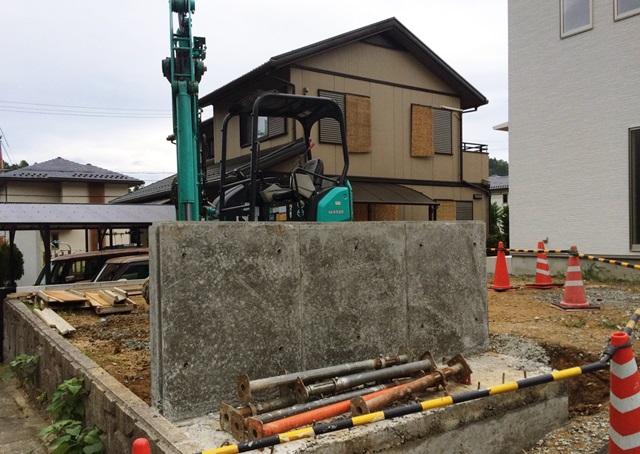 京都 LABOT - lab-t.com - アメリカンフェンスを使ったビンテージ風外構の工事が始まりました -