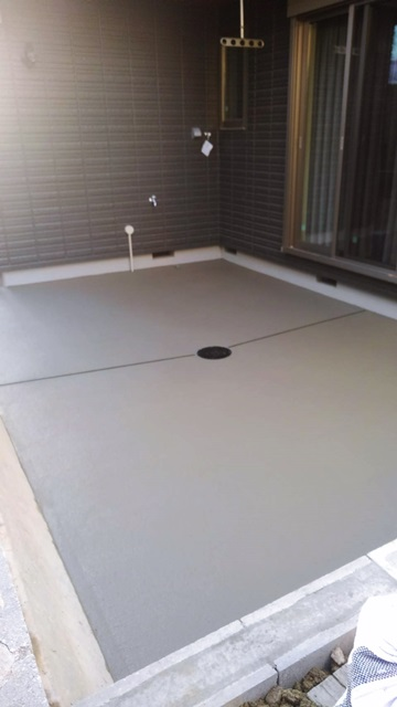 京都 LABOT - lab-t.com - 八幡市で先行土間打ち工事 -
