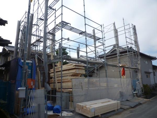 京都 LABOT - lab-t.com - 亀岡市でも新築外構工事が始まりました~ -
