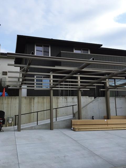 京都 LABOT - lab-t.com - カーポート:ダブルフェース組み立て中@八幡市 -