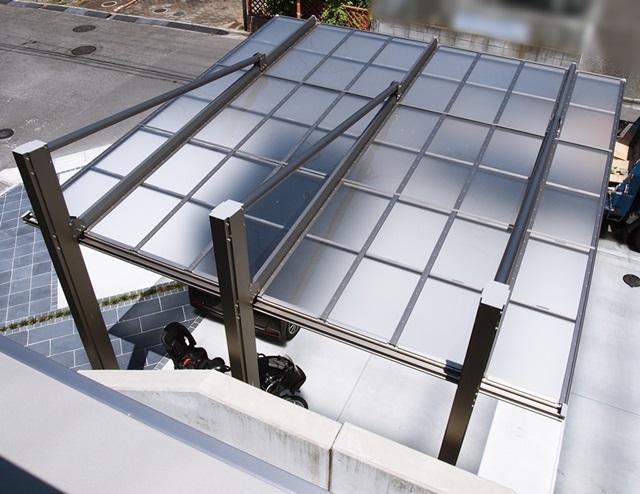 京都 LABOT - lab-t.com - たっぷりと三協アルミのカーポート「ダブルフェース」の写真を -