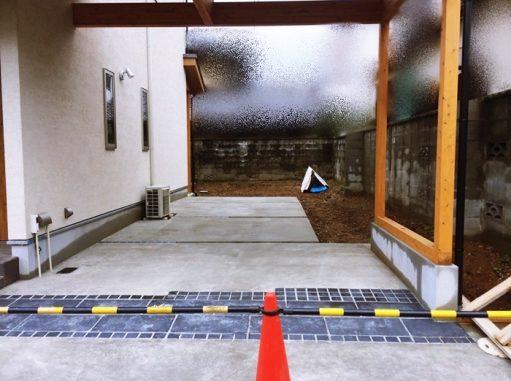 LABOT::枝垂れ梅のある家:新築外構進捗状況