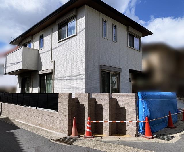京都 LABOT - lab-t.com - 角地だから出来る意匠壁 -