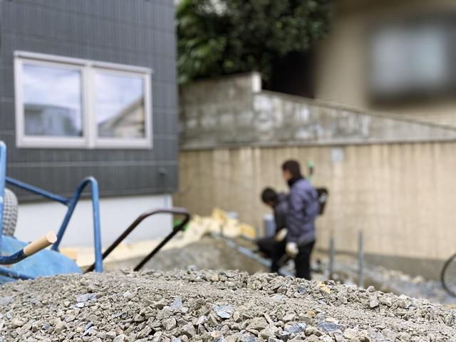 京都 LABOT - lab-t.com - 二世帯住宅の外構工事着工中@北区 -