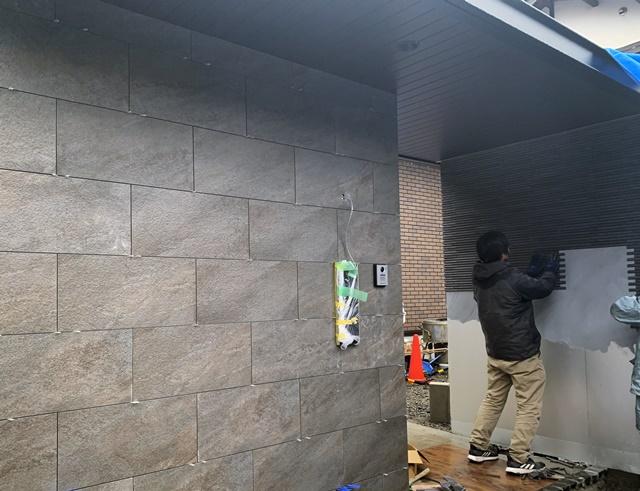京都 LABOT - lab-t.com - タイル張りの外構ってやっぱりかっこいい -