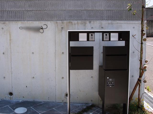 京都 LABOT - lab-t.com - 機能門柱×二世帯 -