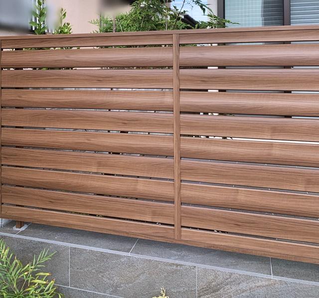 京都 LABOT - lab-t.com - 木目のフェンスが似合う北区N様邸の新築外構工事、完成っ♪ -