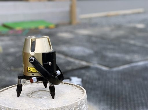 LABOT::立水栓の排水パンをタイルテラスの中に作ろう