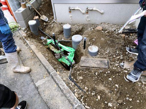 LABOT::右京区の二世帯住宅、S様邸の新築外構工事が着工しました