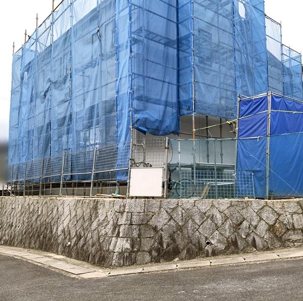 京都 LABOT - lab-t.com - 城陽市で新築外構工事が始まりました -