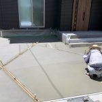 京都 LABOT - lab-t.com - 土間の目地をオシャレに施工中@亀岡市F様邸 -