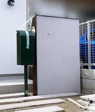 LABOT::右京区N様邸のシャビー系グレー塗装の門柱