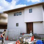 京都 LABOT - lab-t.com - プライベート空間にするための目隠しと門柱を兼ねた壁@西京区M様邸 -
